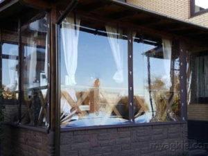 Гибкие окна для беседок и террас